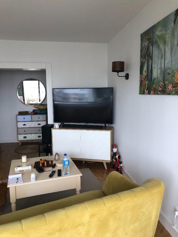Appartement à louer 3 75.27m2 à Tours vignette-4