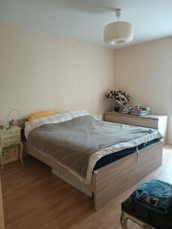 Appartement à louer 4 90.34m2 à Saint-Avertin vignette-7