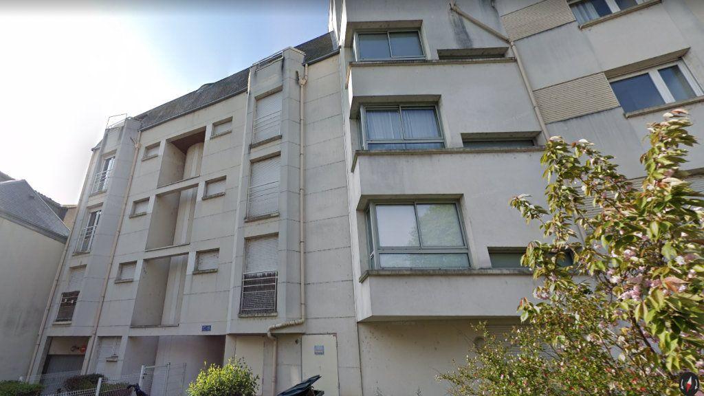 Appartement à louer 2 35m2 à Tours vignette-1