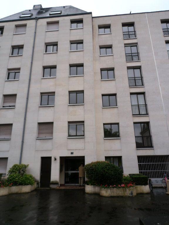 Appartement à louer 1 25.54m2 à Tours vignette-5