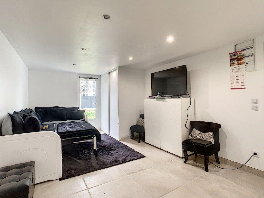 Maison à vendre 5 128m2 à Saint-Pierre-des-Corps vignette-4