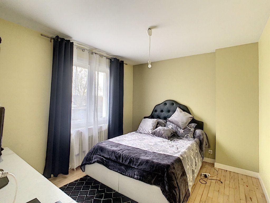 Maison à vendre 5 128m2 à Saint-Pierre-des-Corps vignette-7
