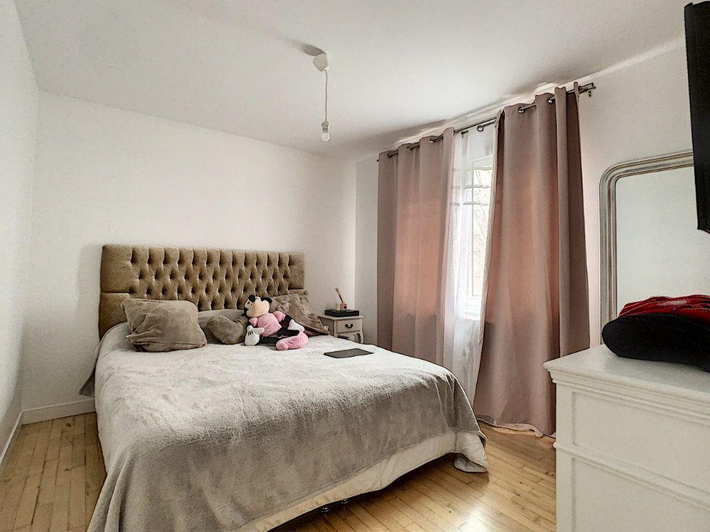 Maison à vendre 5 128m2 à Saint-Pierre-des-Corps vignette-8