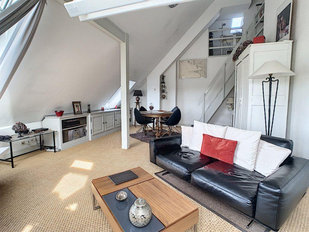 Appartement à vendre 3 75.89m2 à Saint-Avertin vignette-1