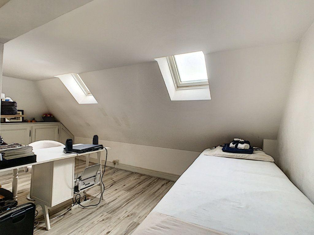 Appartement à vendre 3 75.89m2 à Saint-Avertin vignette-10