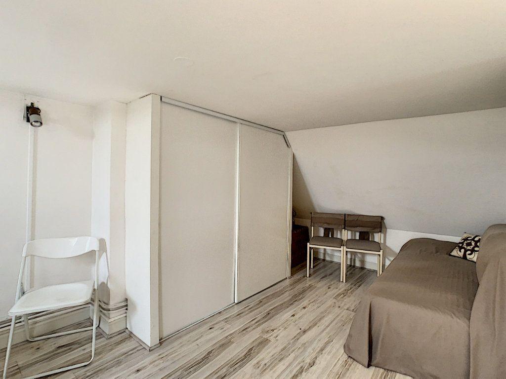 Appartement à vendre 3 75.89m2 à Saint-Avertin vignette-11