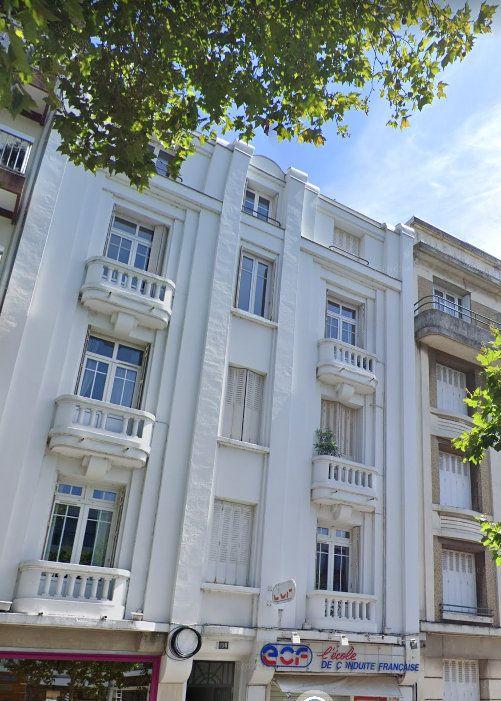 Appartement à louer 2 47m2 à Tours vignette-2