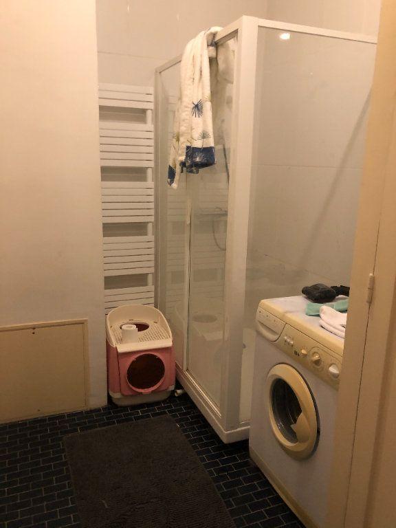 Appartement à louer 2 47m2 à Tours vignette-7