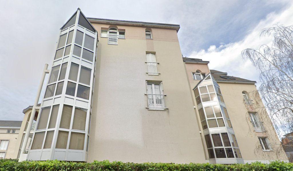 Appartement à louer 3 72m2 à Tours vignette-1
