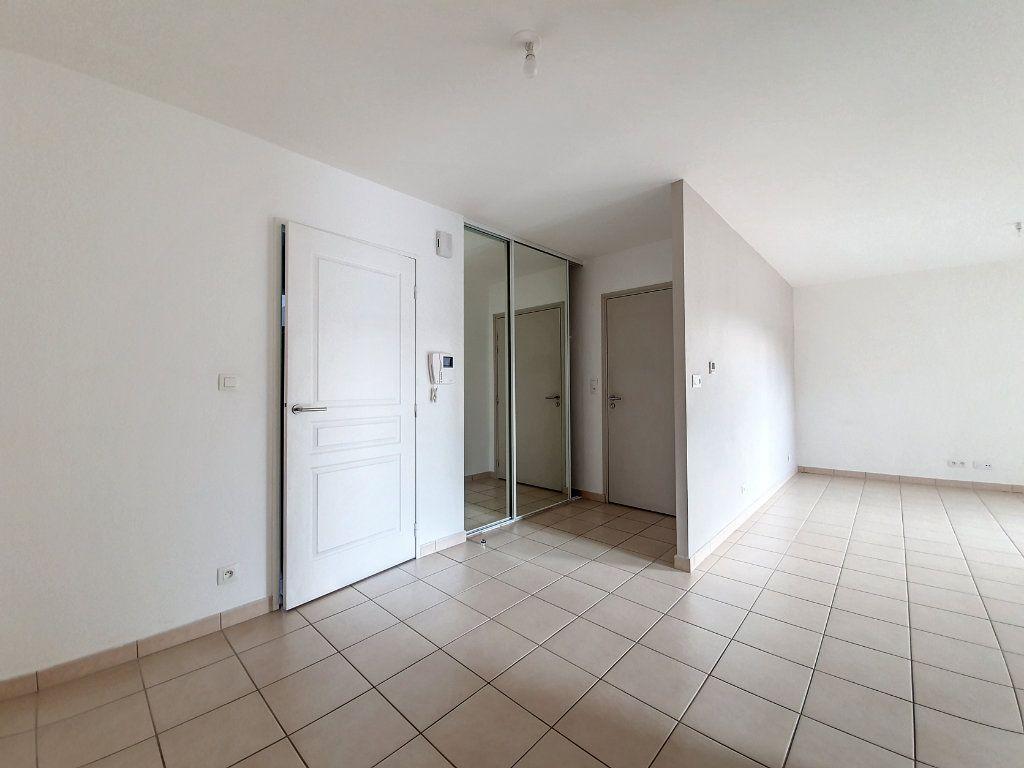Appartement à vendre 4 81.52m2 à Saint-Cyr-sur-Loire vignette-4