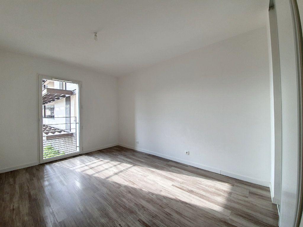 Appartement à vendre 4 81.52m2 à Saint-Cyr-sur-Loire vignette-8