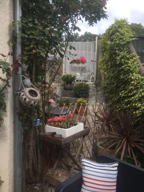 Maison à louer 3 80m2 à La Croix-en-Touraine vignette-2