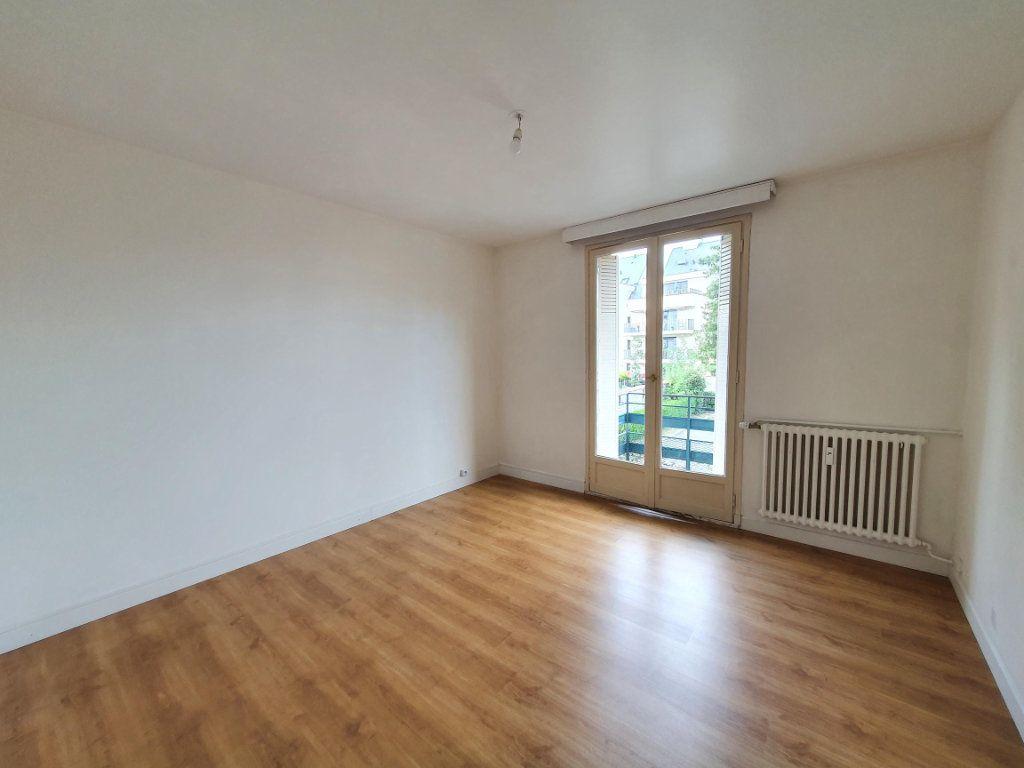 Appartement à louer 3 77.85m2 à Tours vignette-4