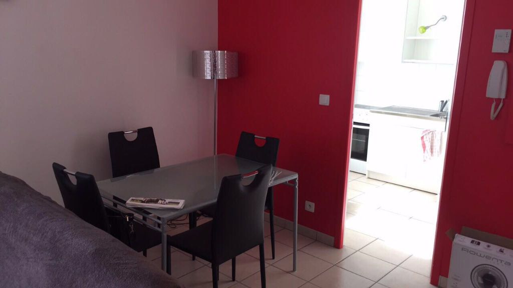 Appartement à louer 2 50m2 à Tours vignette-2