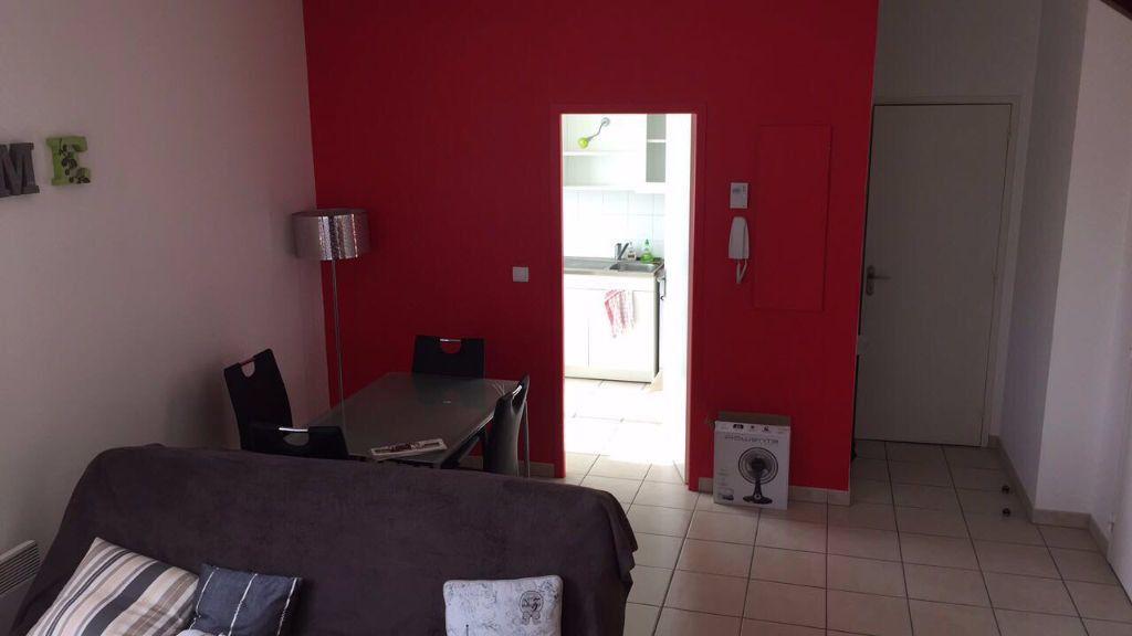 Appartement à louer 2 50m2 à Tours vignette-6
