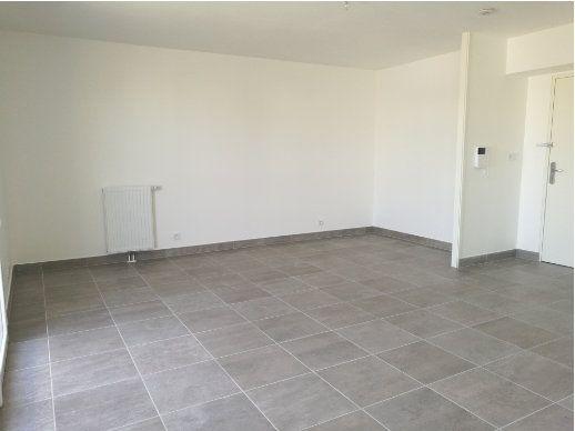 Appartement à louer 1 35.85m2 à Saint-Cyr-sur-Loire vignette-3