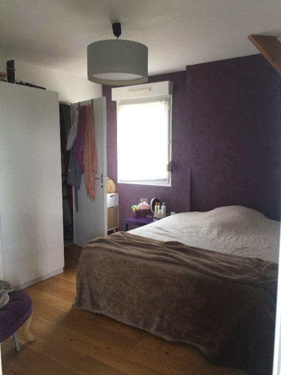 Appartement à louer 2 43.16m2 à Saint-Cyr-sur-Loire vignette-2