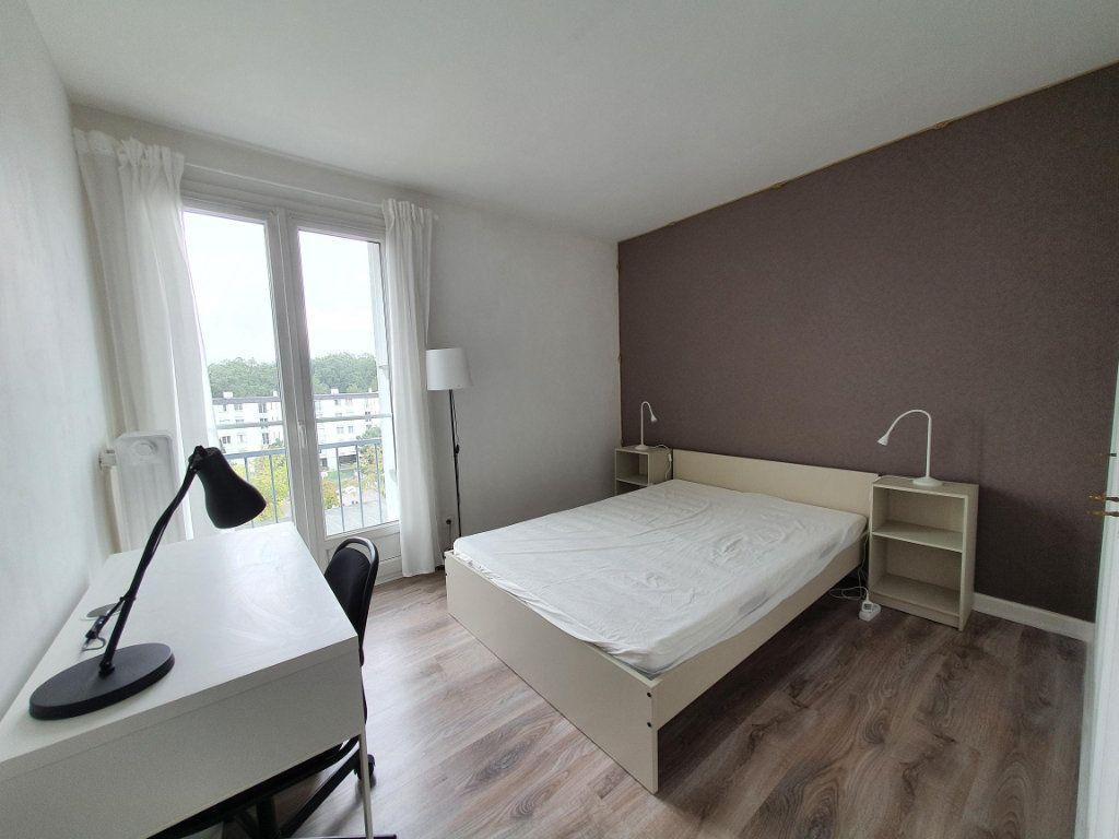 Appartement à louer 4 77.65m2 à Tours vignette-6