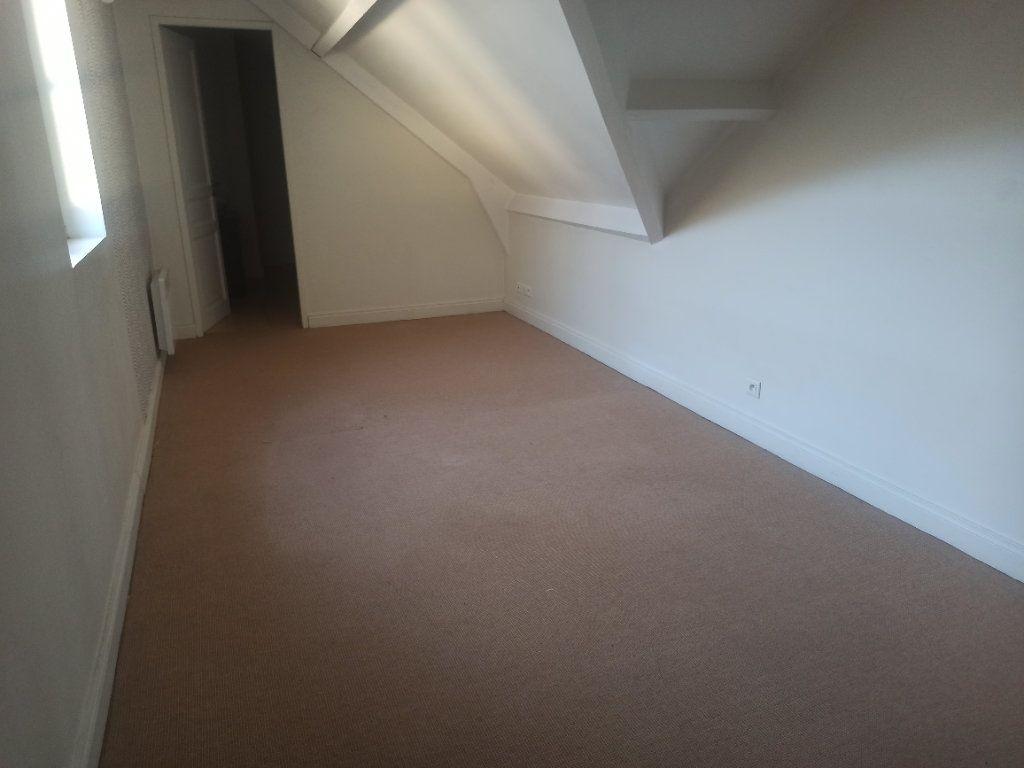 Appartement à louer 4 91.55m2 à Tours vignette-9