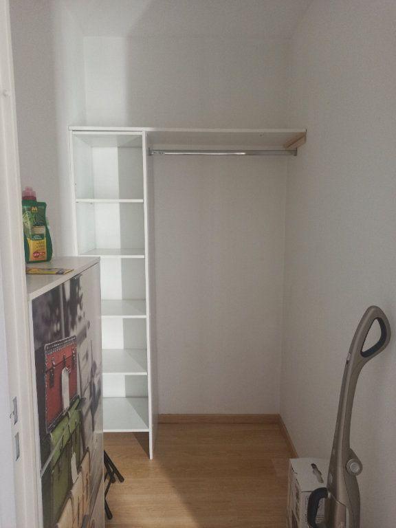 Appartement à louer 2 55.98m2 à La Riche vignette-5