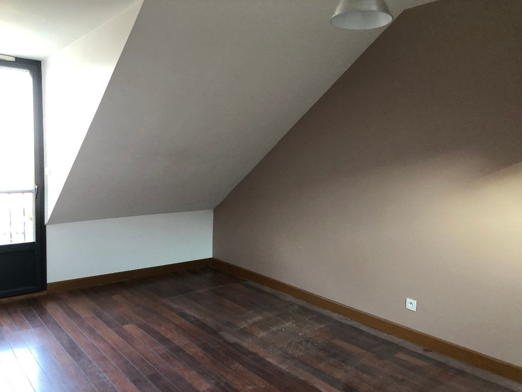 Maison à louer 4 80m2 à Amboise vignette-7