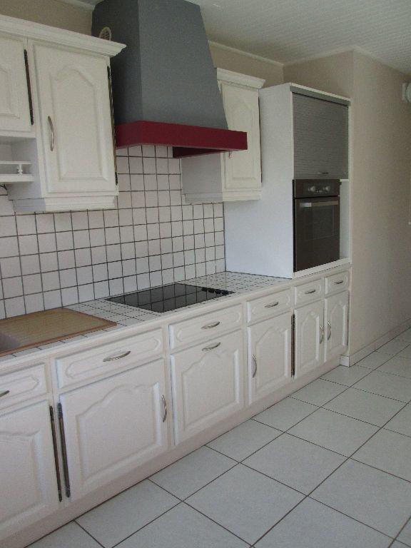 Appartement à louer 2 58.57m2 à Joué-lès-Tours vignette-3
