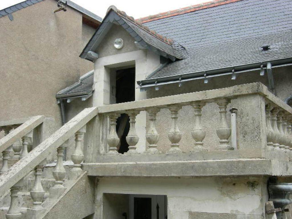 Maison à louer 5 173.19m2 à Joué-lès-Tours vignette-6