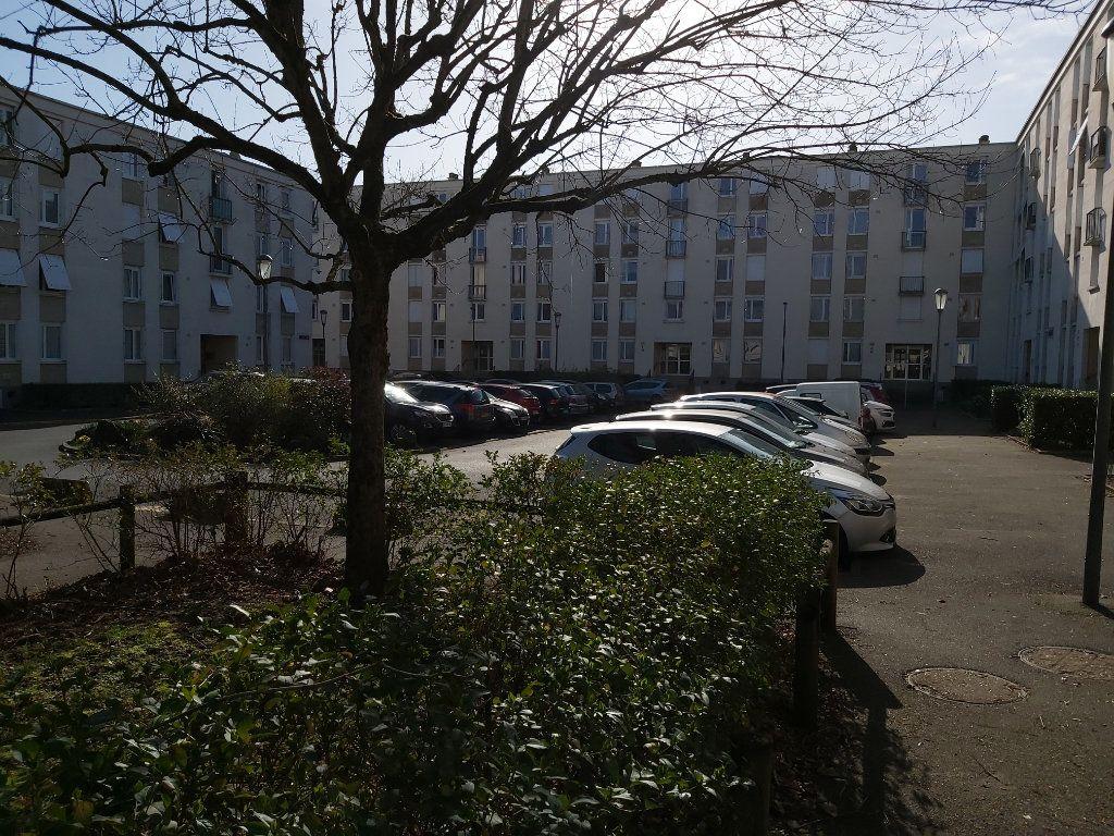 Appartement à louer 3 64m2 à Joué-lès-Tours vignette-7