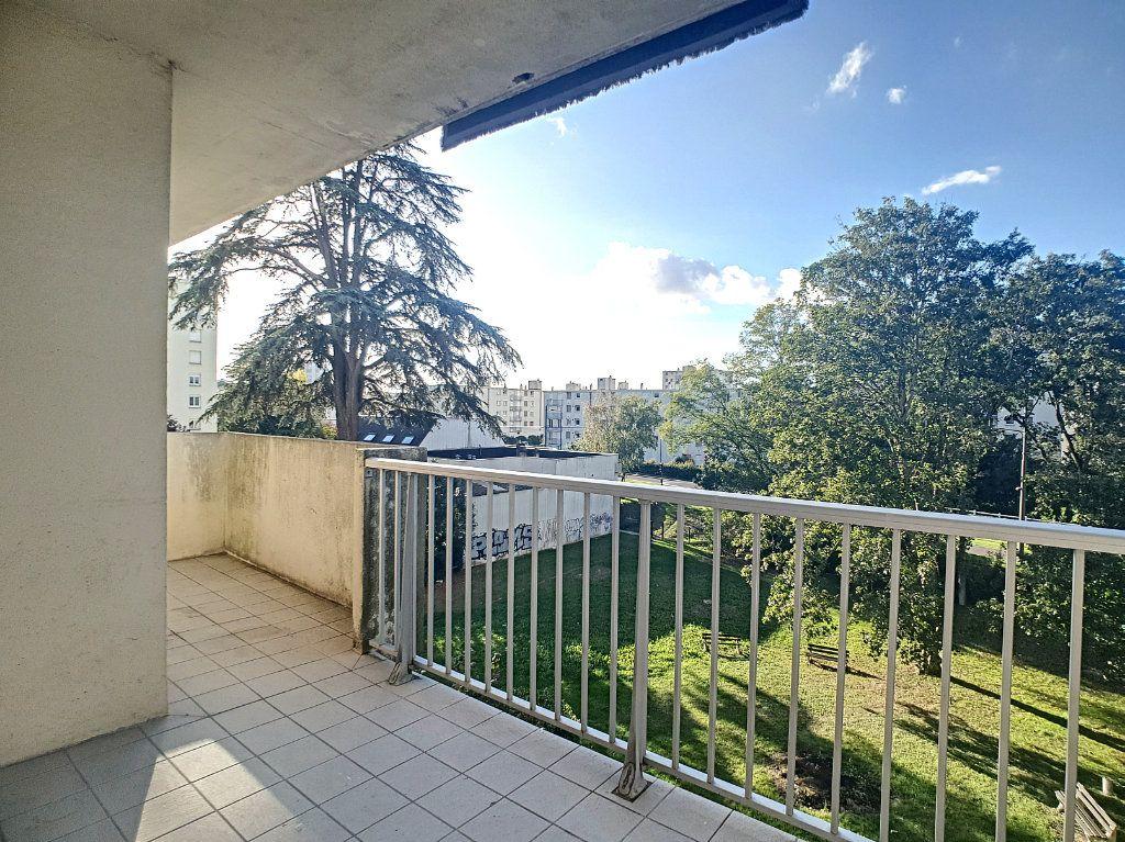 Appartement à louer 1 35.55m2 à Joué-lès-Tours vignette-7