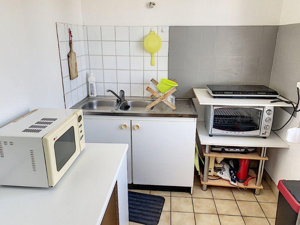 Appartement à louer 1 24.98m2 à Tours vignette-6