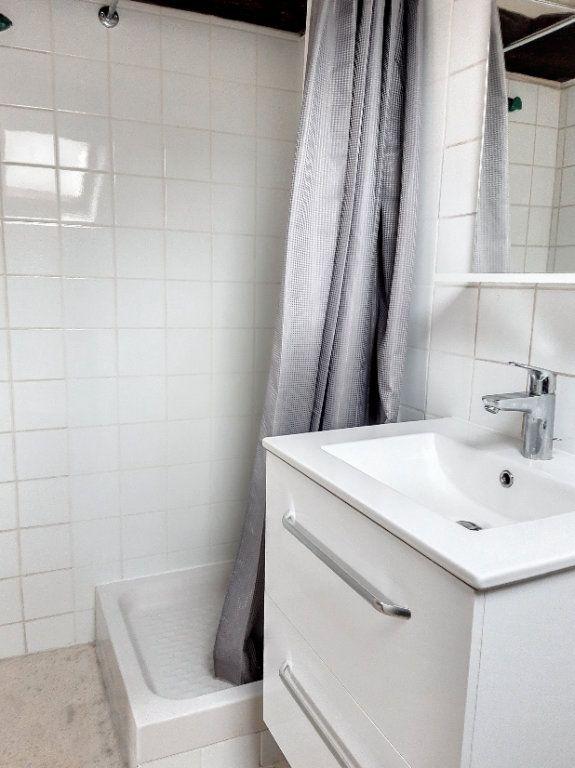 Appartement à louer 1 7.1m2 à Tours vignette-3