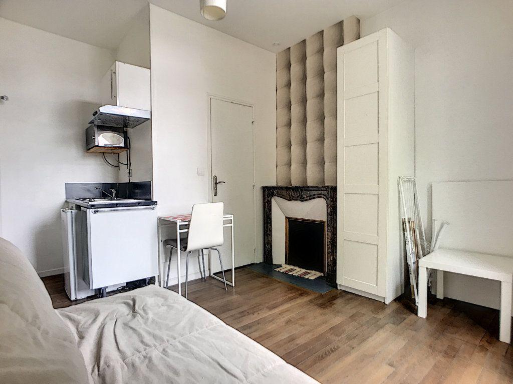 Appartement à louer 1 15m2 à Tours vignette-2