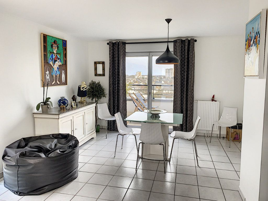 Appartement à vendre 4 92.42m2 à Tours vignette-8