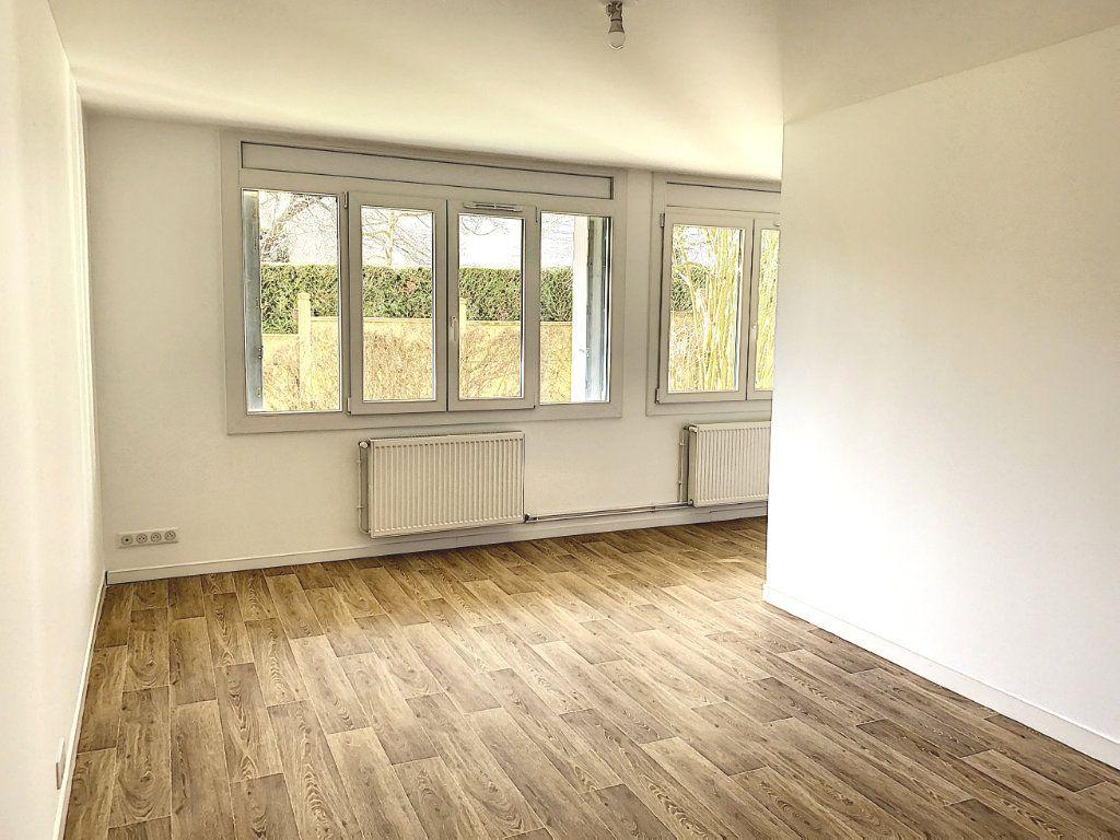 Appartement à louer 1 32.84m2 à Tours vignette-1