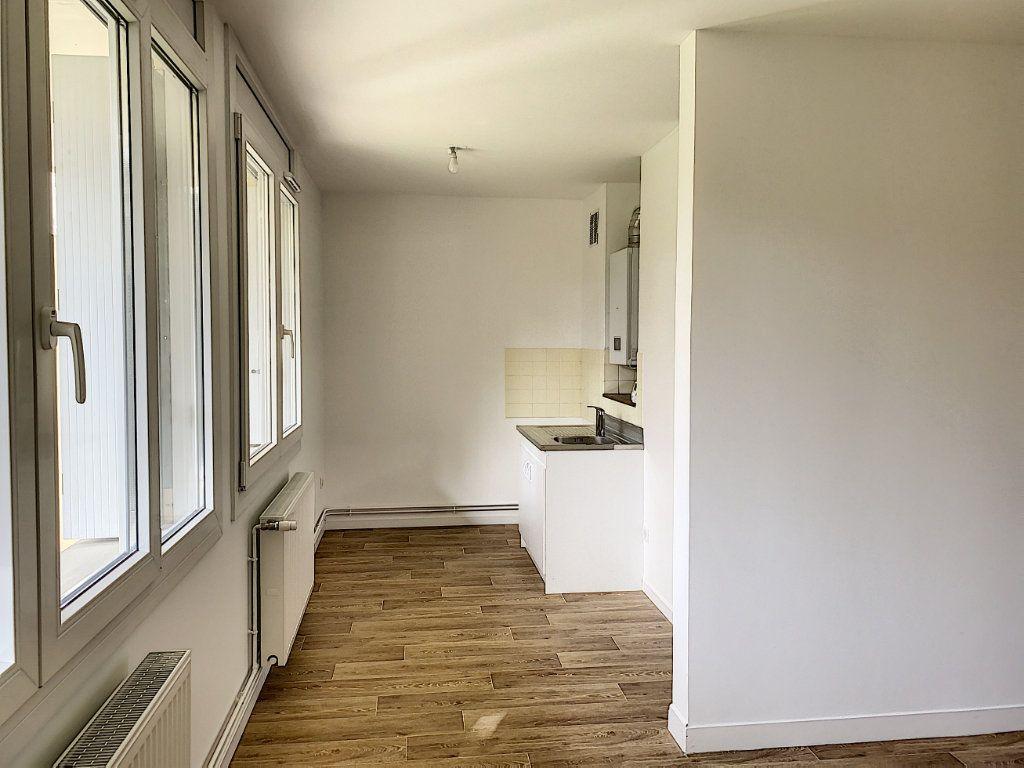 Appartement à louer 1 32.84m2 à Tours vignette-3