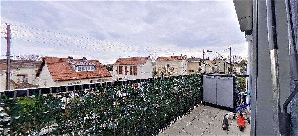 Appartement à vendre 4 72m2 à Argenteuil vignette-6