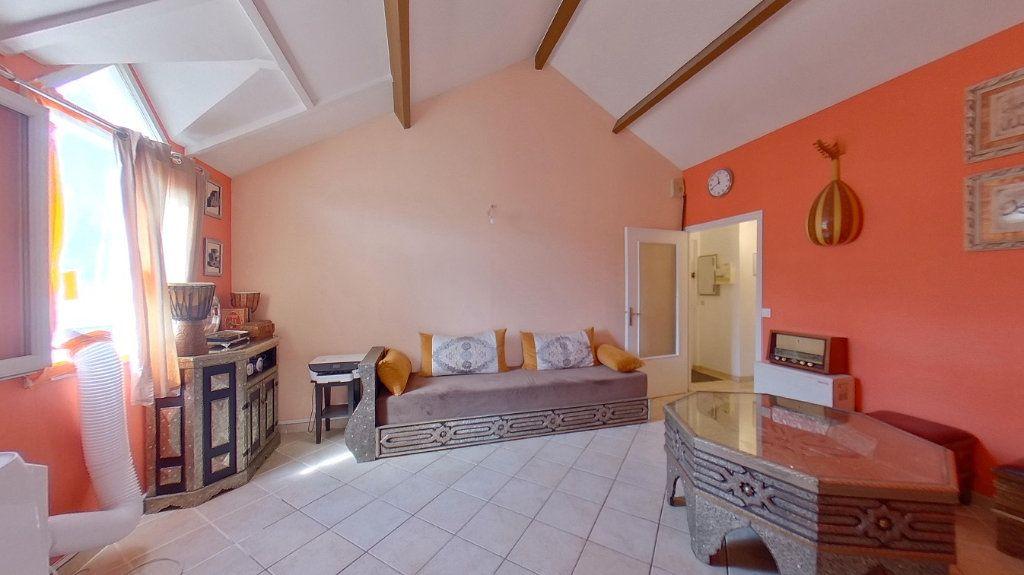 Appartement à vendre 4 80m2 à Argenteuil vignette-4