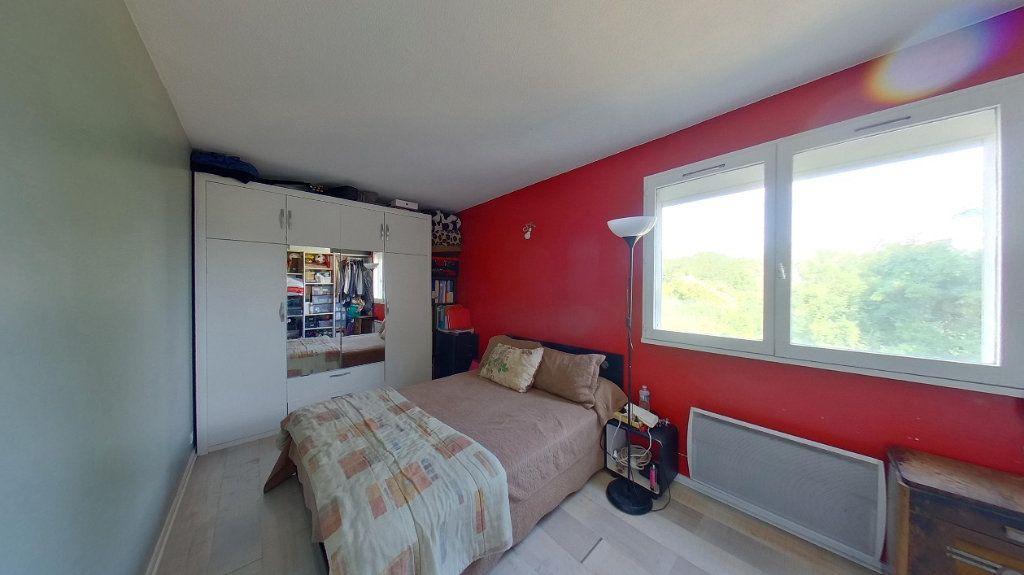 Appartement à vendre 4 80m2 à Argenteuil vignette-7