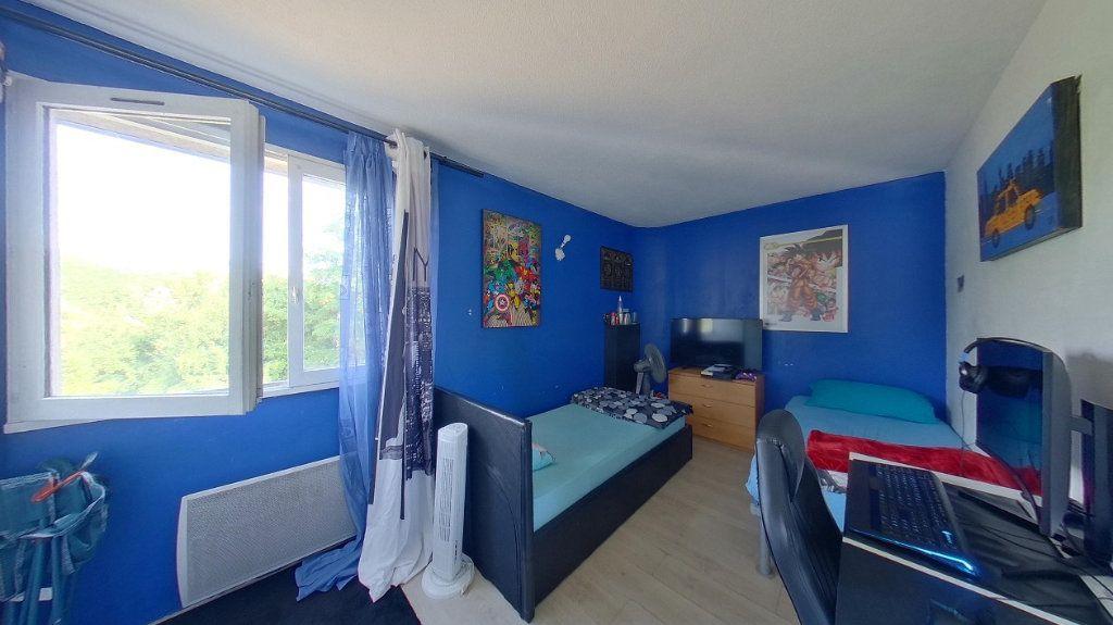 Appartement à vendre 4 80m2 à Argenteuil vignette-8