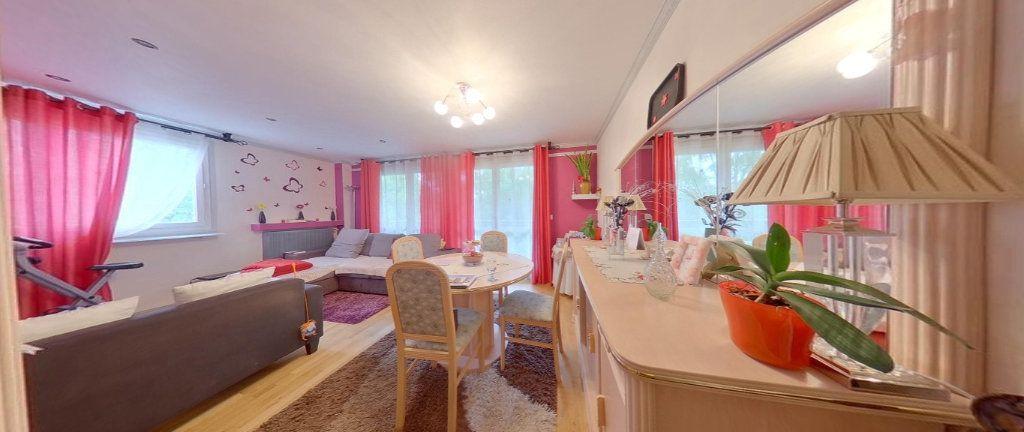Appartement à vendre 4 79m2 à Sannois vignette-3