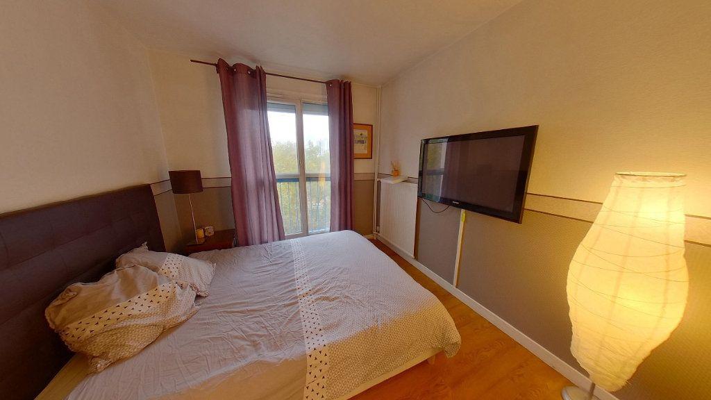 Appartement à vendre 4 79m2 à Argenteuil vignette-4