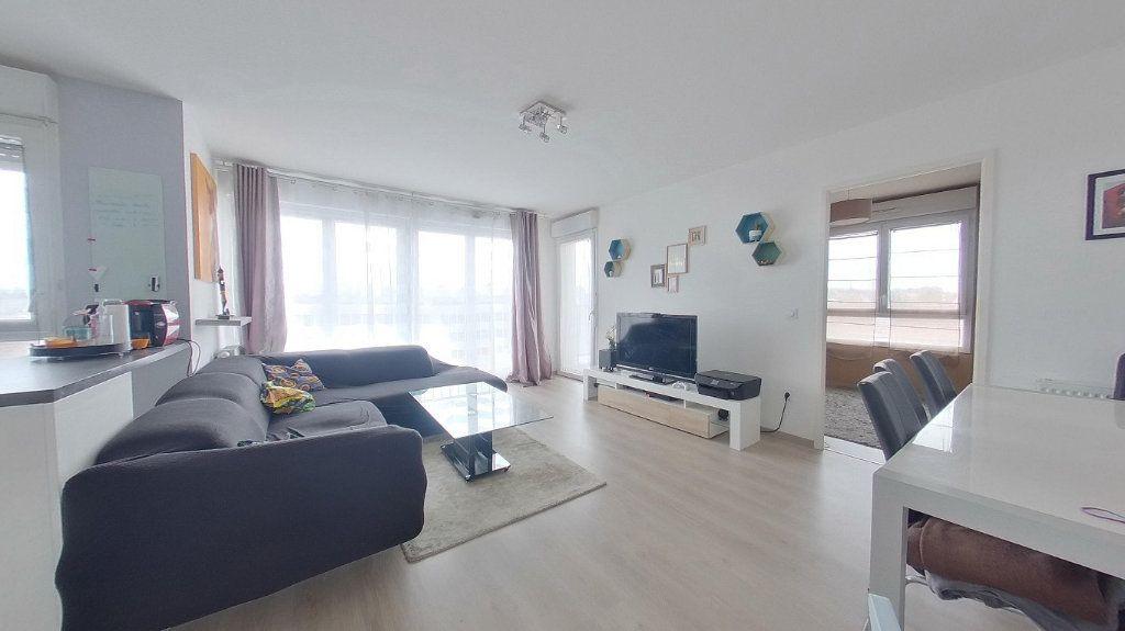 Appartement à vendre 4 74.15m2 à Argenteuil vignette-1