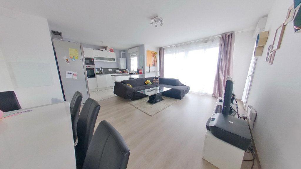 Appartement à vendre 4 74.15m2 à Argenteuil vignette-3