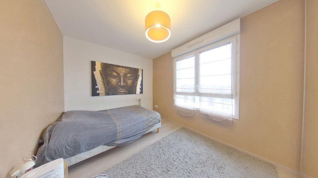 Appartement à vendre 4 74.15m2 à Argenteuil vignette-6