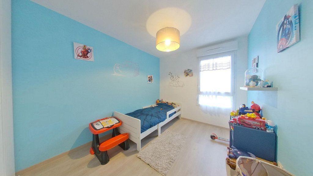 Appartement à vendre 4 74.15m2 à Argenteuil vignette-8