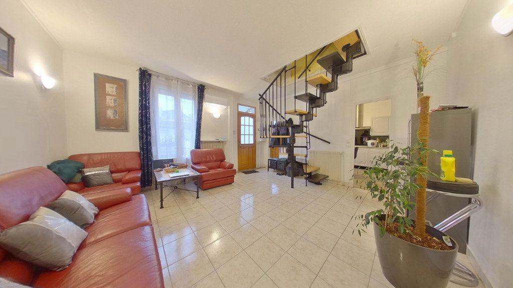 Maison à vendre 4 70.72m2 à Argenteuil vignette-2