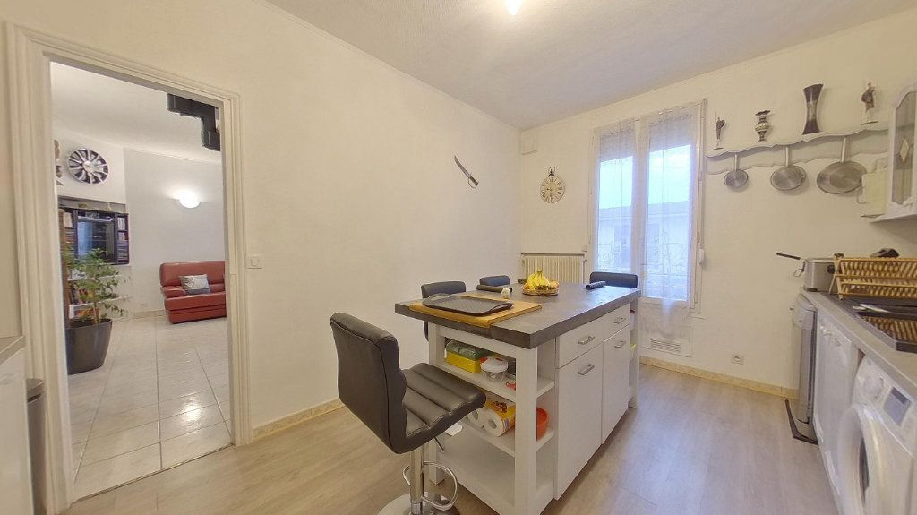 Maison à vendre 4 70.72m2 à Argenteuil vignette-3