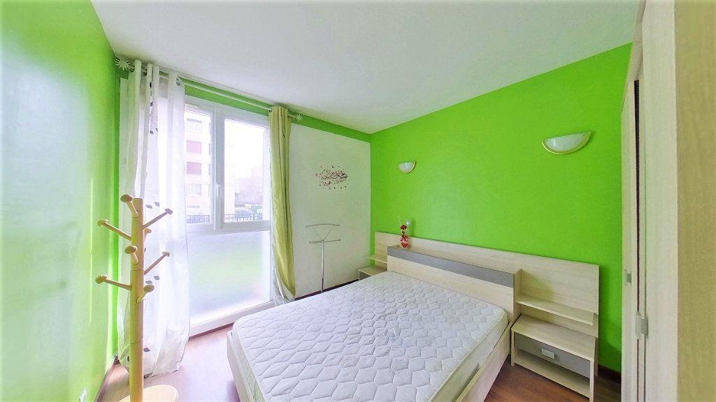 Appartement à vendre 4 66.42m2 à Argenteuil vignette-4