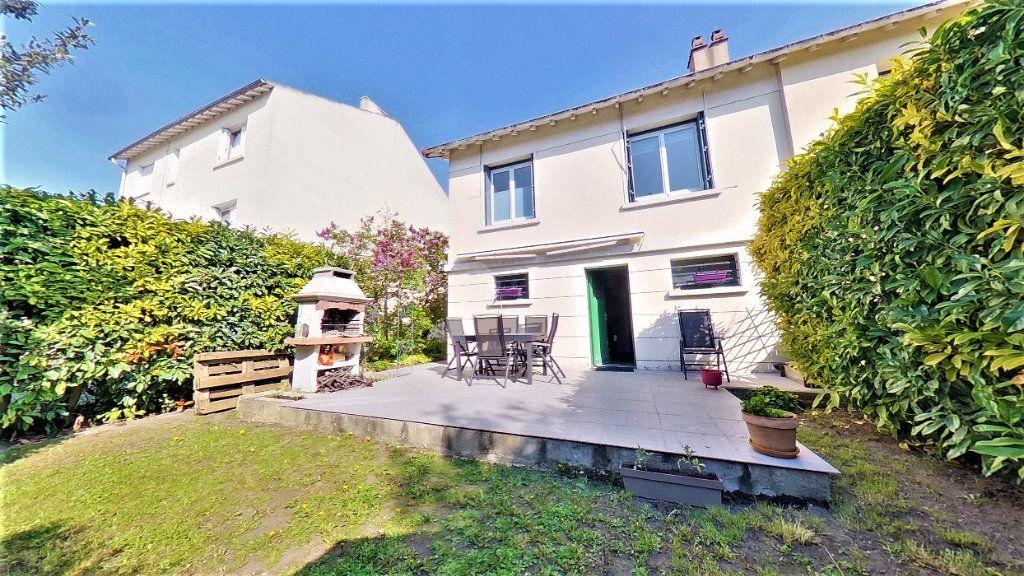 Maison à vendre 4 90m2 à Argenteuil vignette-1