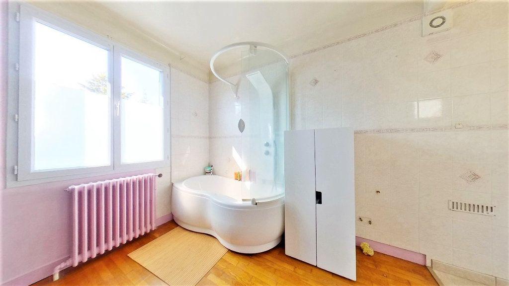 Maison à vendre 4 90m2 à Argenteuil vignette-9